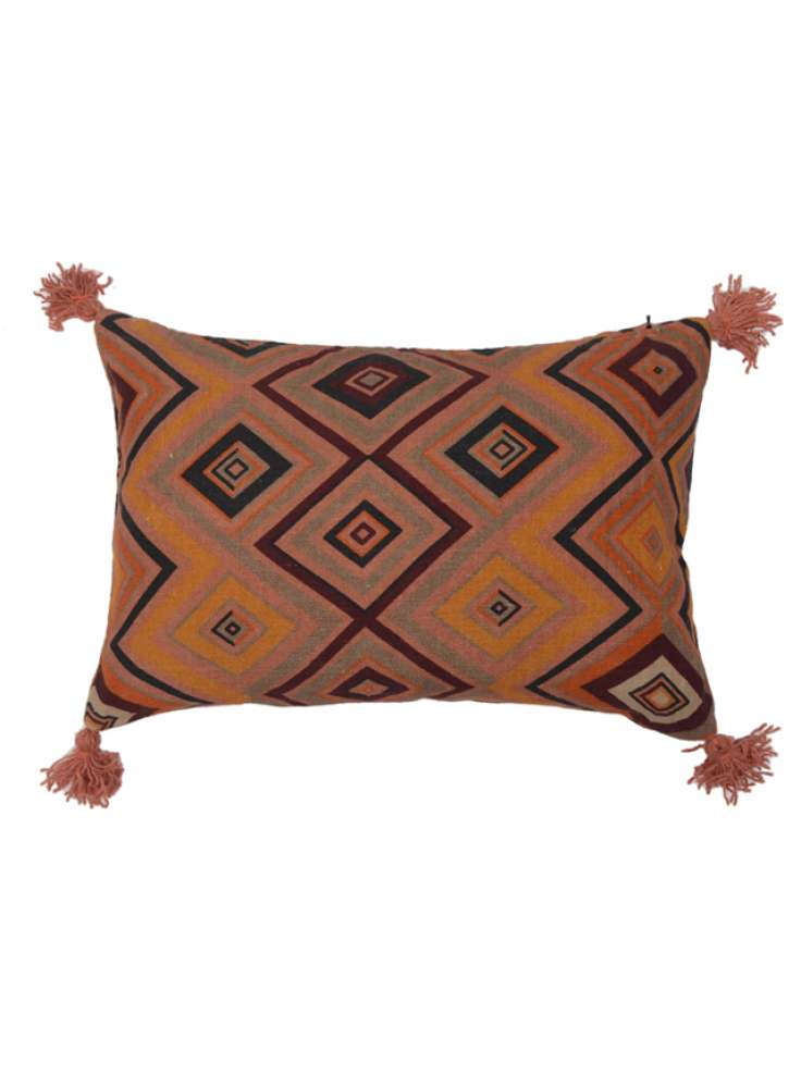Diamond and Zigzag Print Decorative Linen Pillow Cover With Tassel