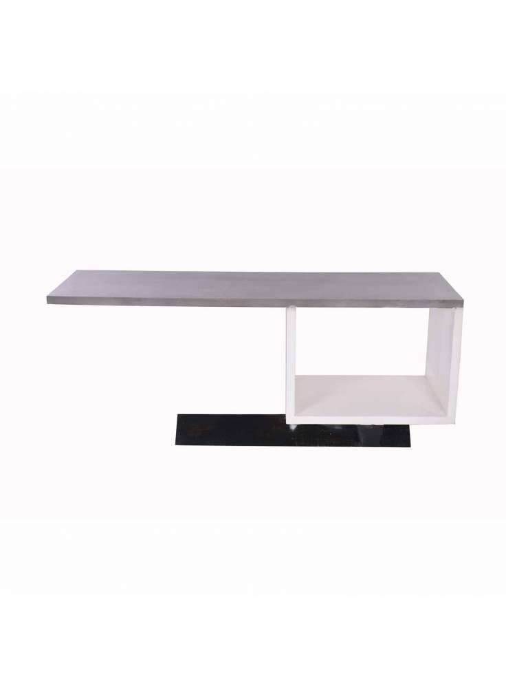 White Washed Hut Central Table